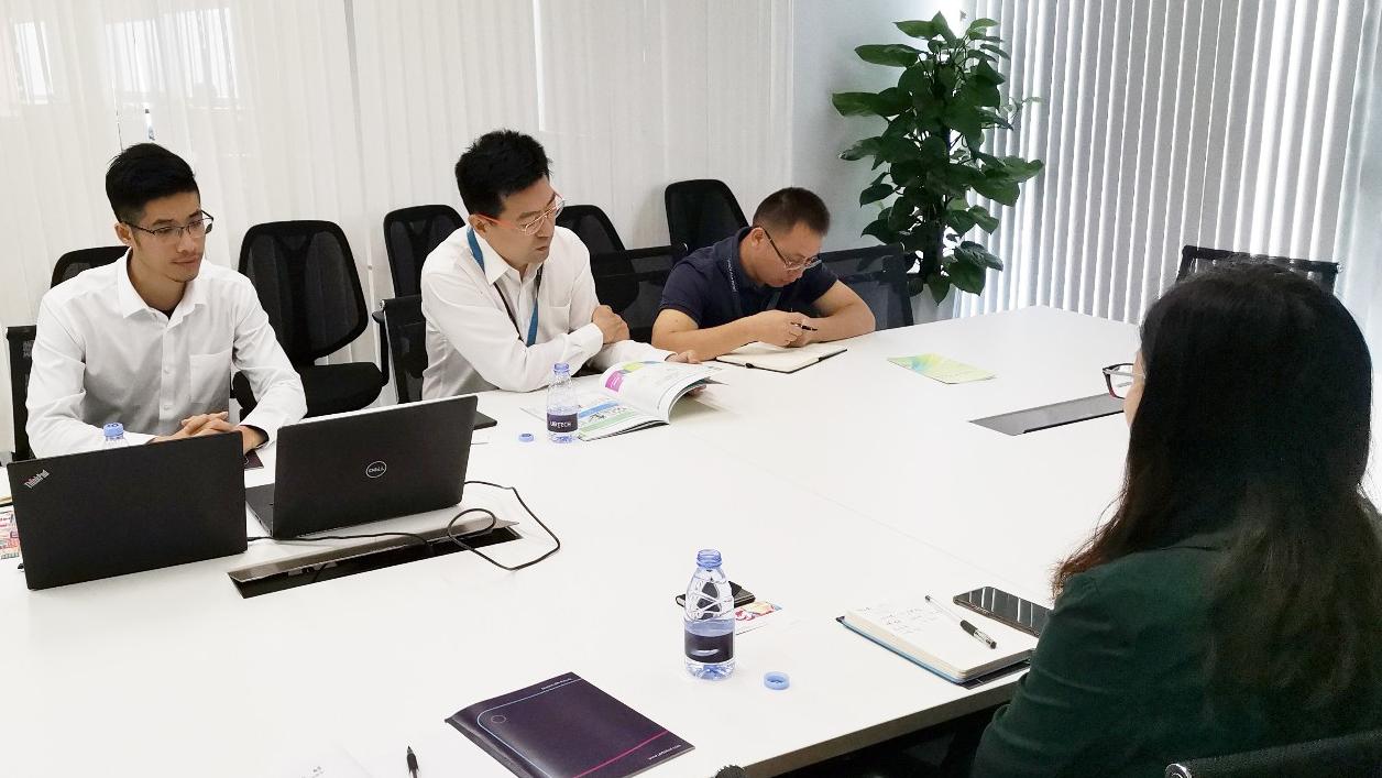 深圳分公司陪同政府园区对接考察独角兽人工智能投资选址项目方,发挥精准招商,有序推动项目落地
