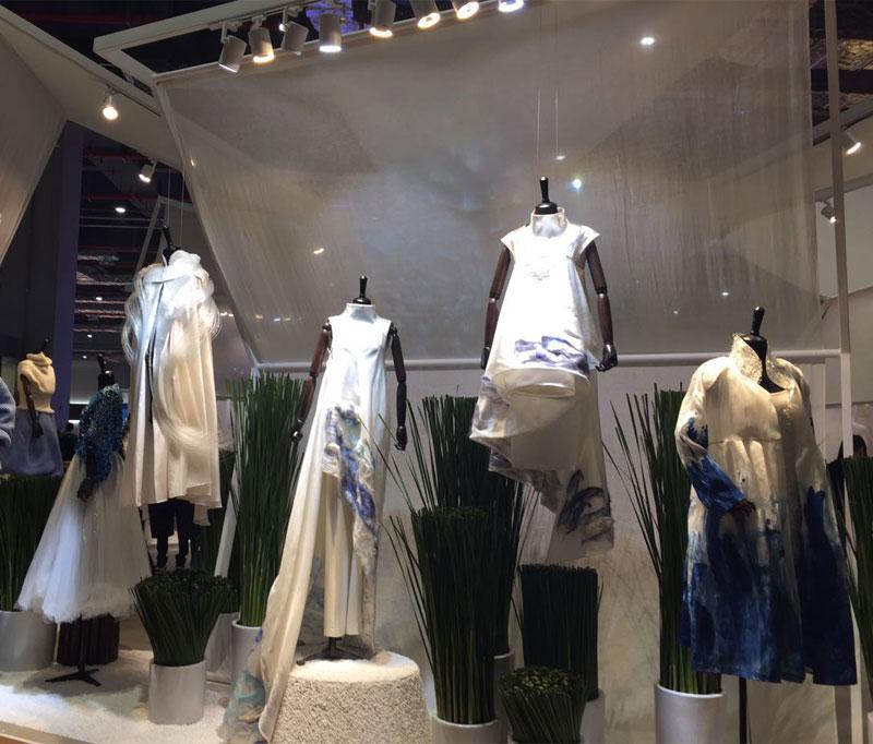 东方龙商务赴 CHIC中国服装博览会