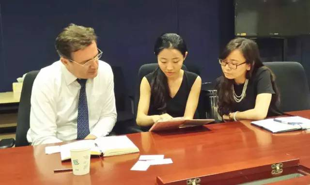 东方龙商务与上海美国商会整合各自平台优势,促进双方全面合作