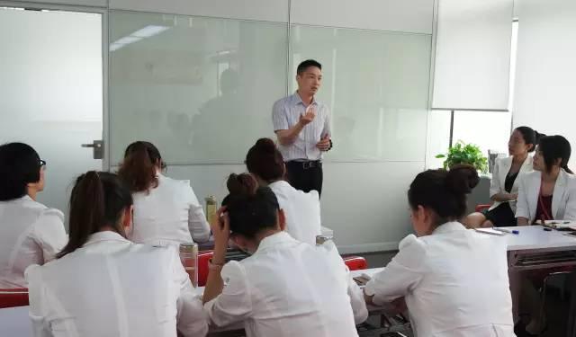 八月培训,互动迸发智慧,分享共创新高