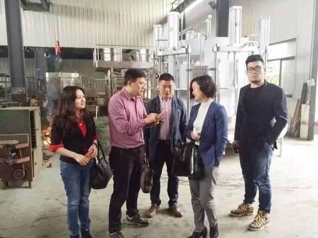 东方龙商务陪同嘉兴南湖区余新镇参观考察食品机械制造投资选址项目企业方