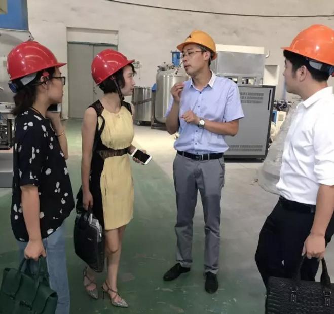 陪同嘉兴余新镇对接考察高端机电设备投资选址项目,进一步推进项目合作