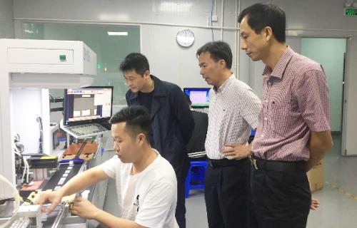 深圳分公司陪同政府园区对接考察高端显示屏投资选址项目,高效推进项目落地工作